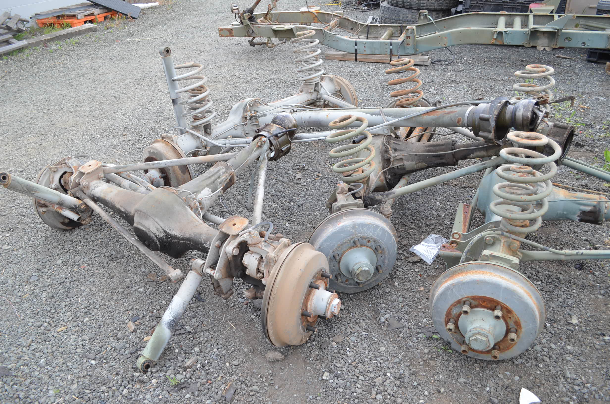 unimog 404 used axles 1 front 1 rear rh expedition imports com Rear Axle Parts Dana 44 Rear Axle Diagram