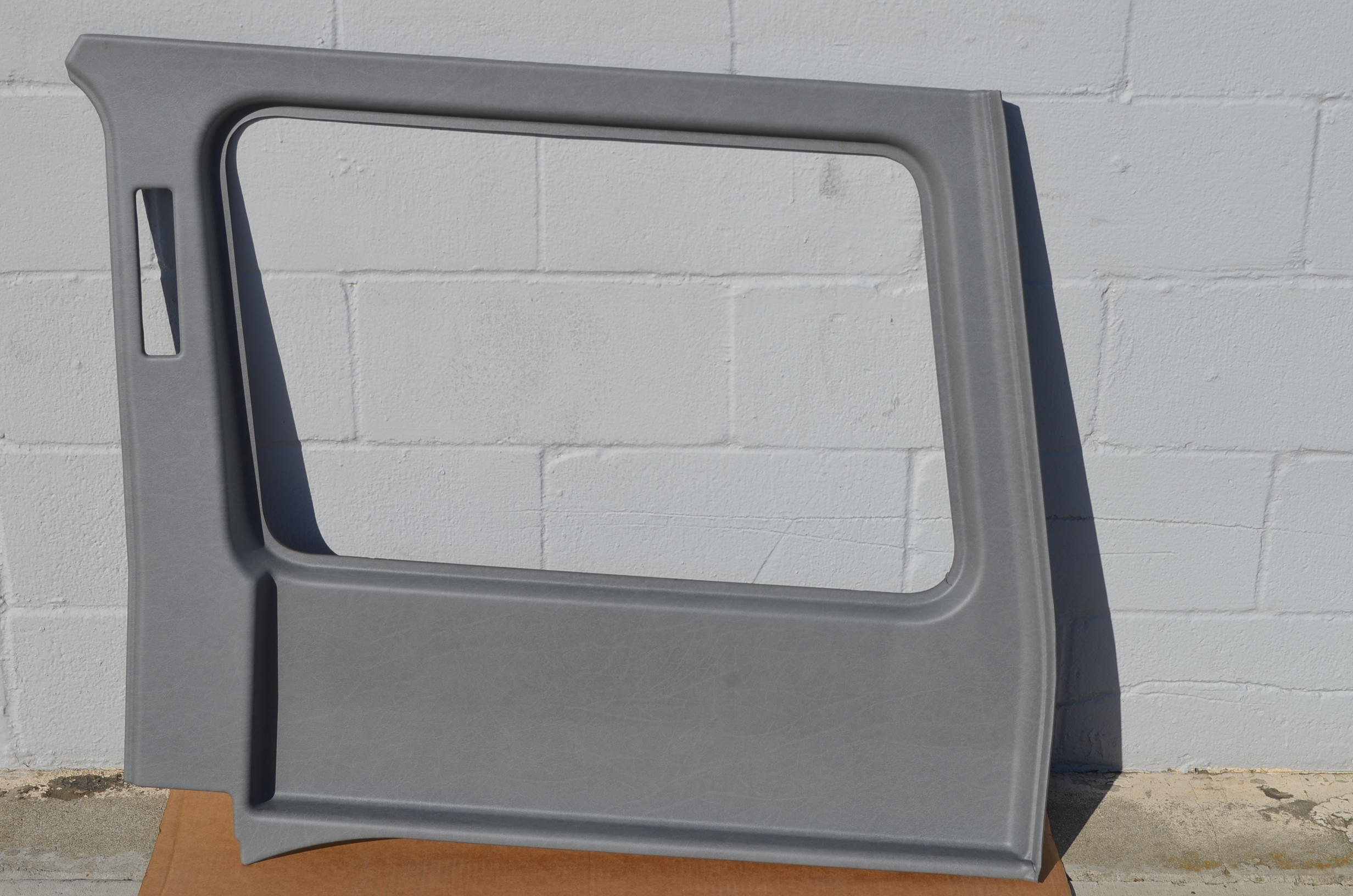 UPPER REAR SIDE PANEL - LWB - RIGHT - GREY