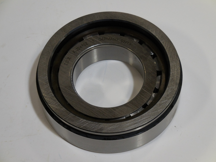 Cylindrical Roller Bearing - Transmission Output Shaft