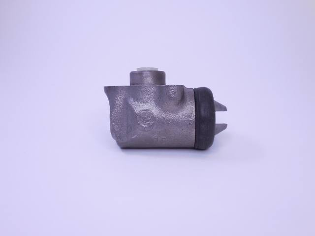 Brake Cylinder-Right Front