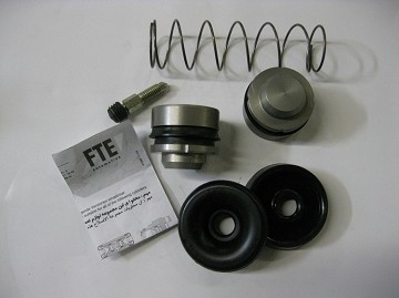 Front Wheel Cylinder Repair Kit - Complete